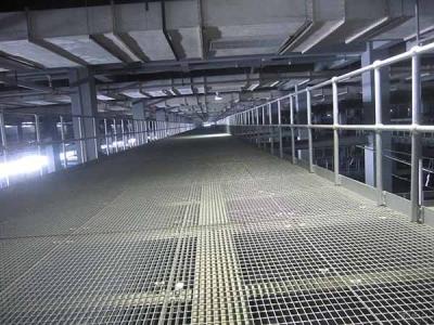 施工单位对热镀锌钢格板存放使用原则