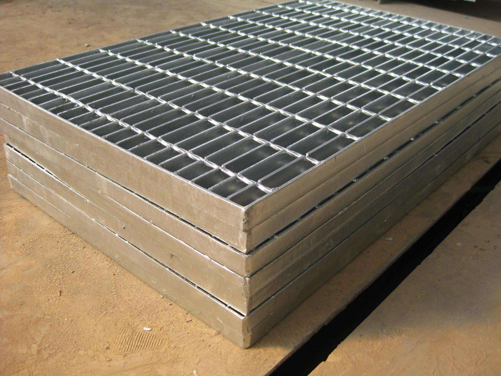 热镀锌钢格板6